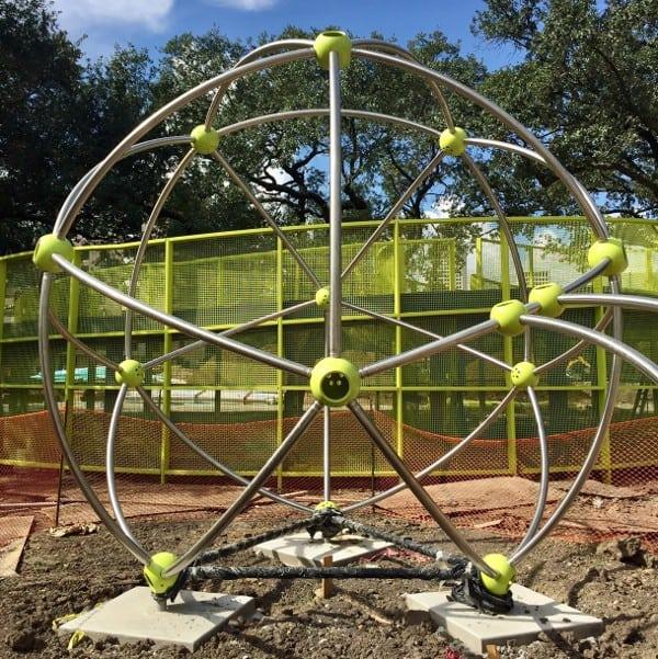 levy-park-climbing-circle