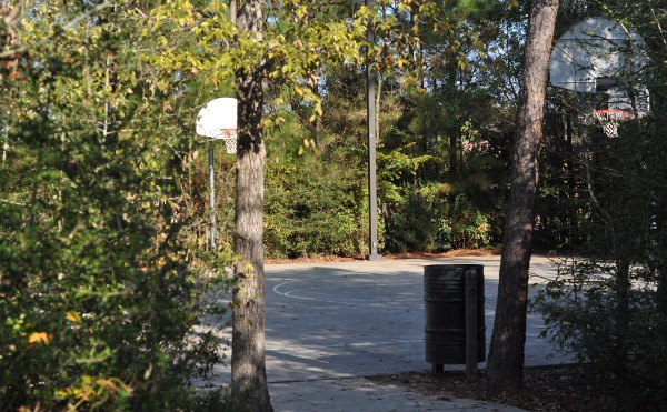 tupelo-park-the-woodlands-basketball-court