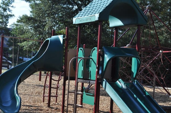 tupelo-park-the-woodlands-toddler-playground