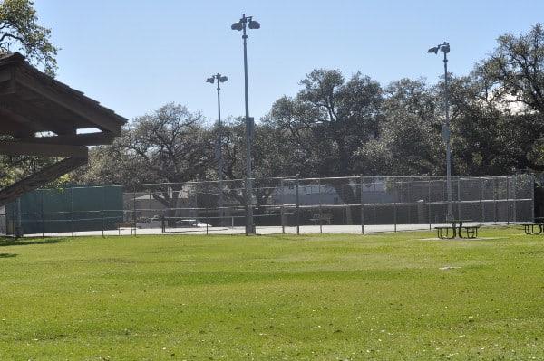 Woodland Park Tennis Courts