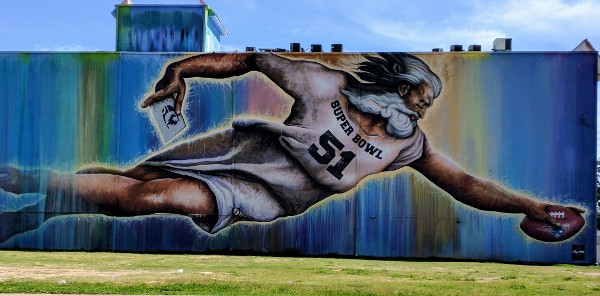 Houstons Biggest Mural Redone for Super Bowl