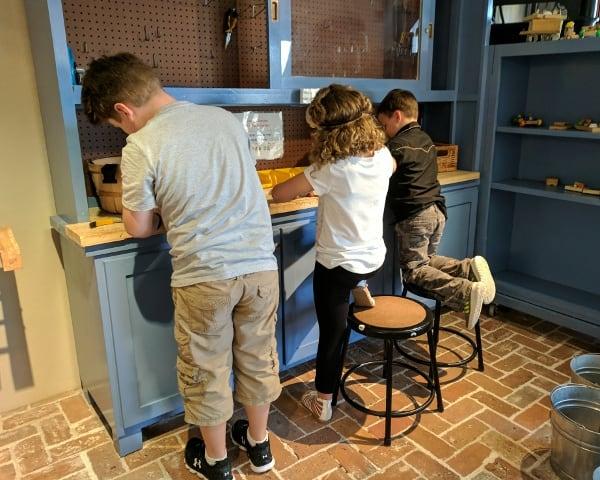 Workshop at Galveston Children's Museum in Moody Mansion