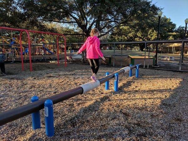 roberts elementary park