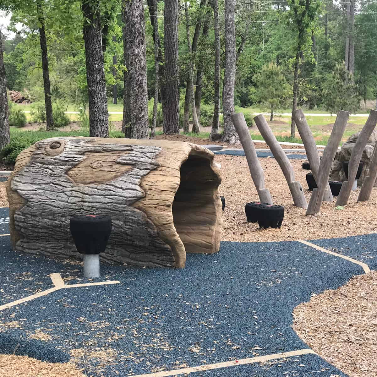 Log Tunnel at Smooth Stream Park