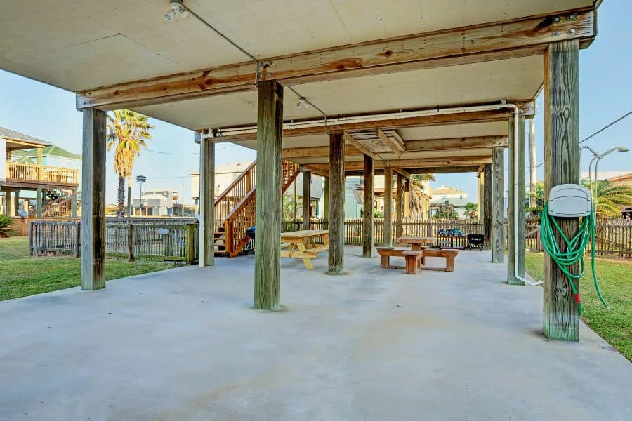 Surfside Beach Texas Rental Under Rock House, Rock House is veteran owned and operated