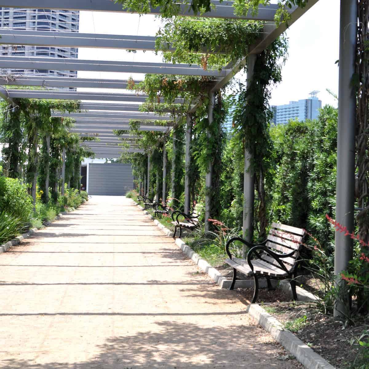 Hermann Park Centennial Garden Walkway