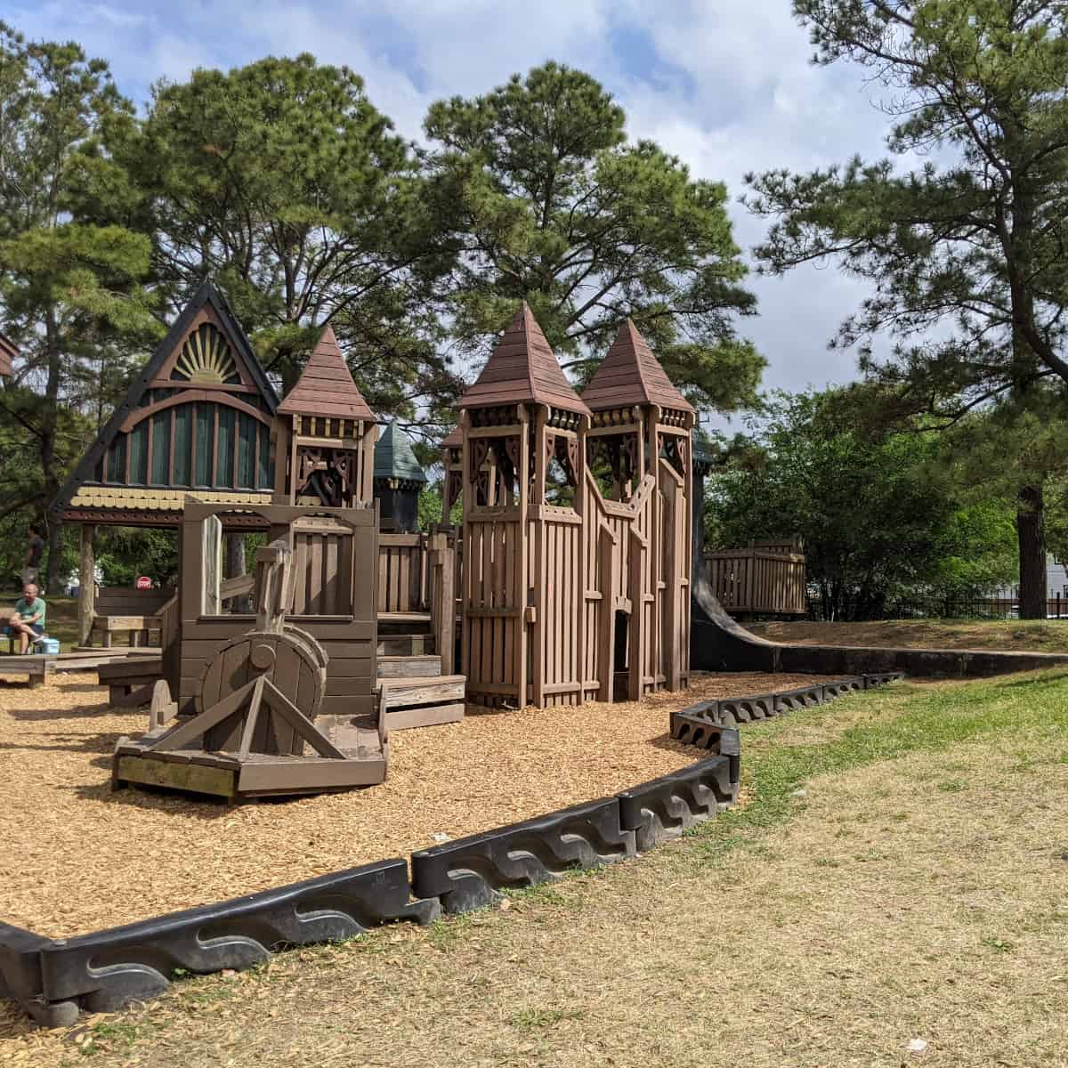 Donovan Park Wooden Play Structure