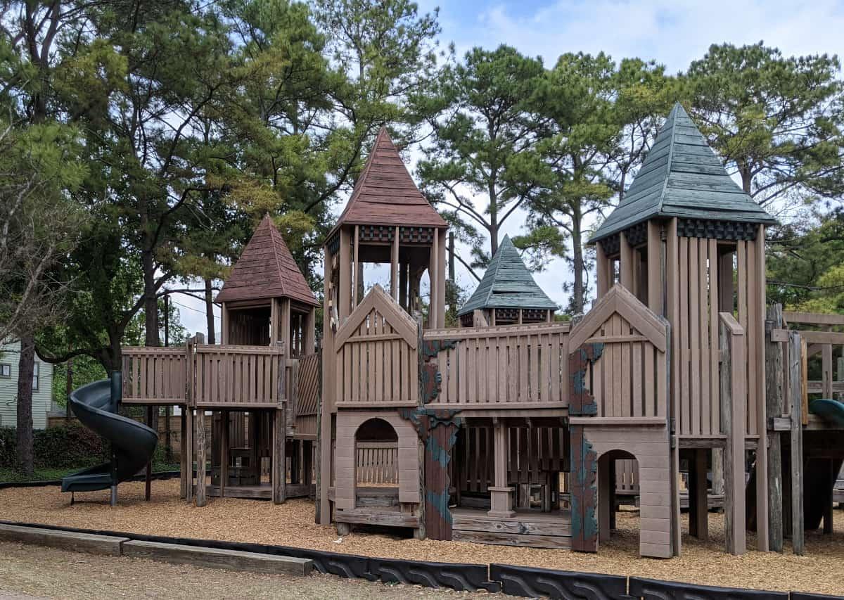Donovan Park Play Structure