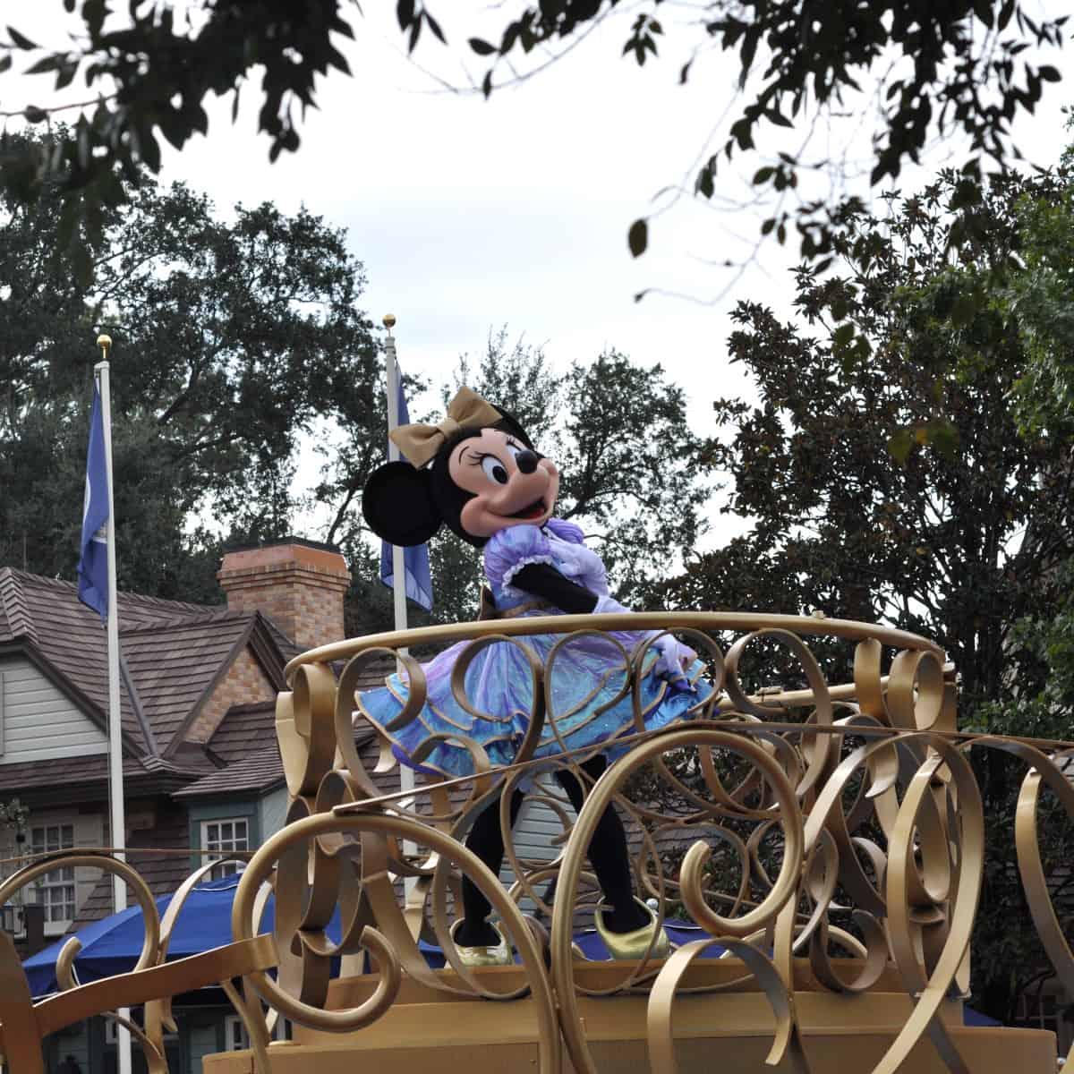 Minnie Mouse at Walt Disney World Parade